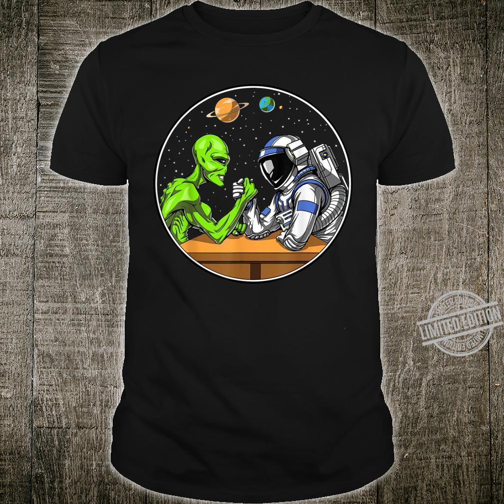 Alien Außerirdische Astronaut Armdrücken UFO Weltraum Planet Shirt